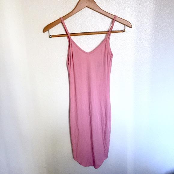 Fashion Nova Dresses & Skirts - Fashion nova ribbed pink dress